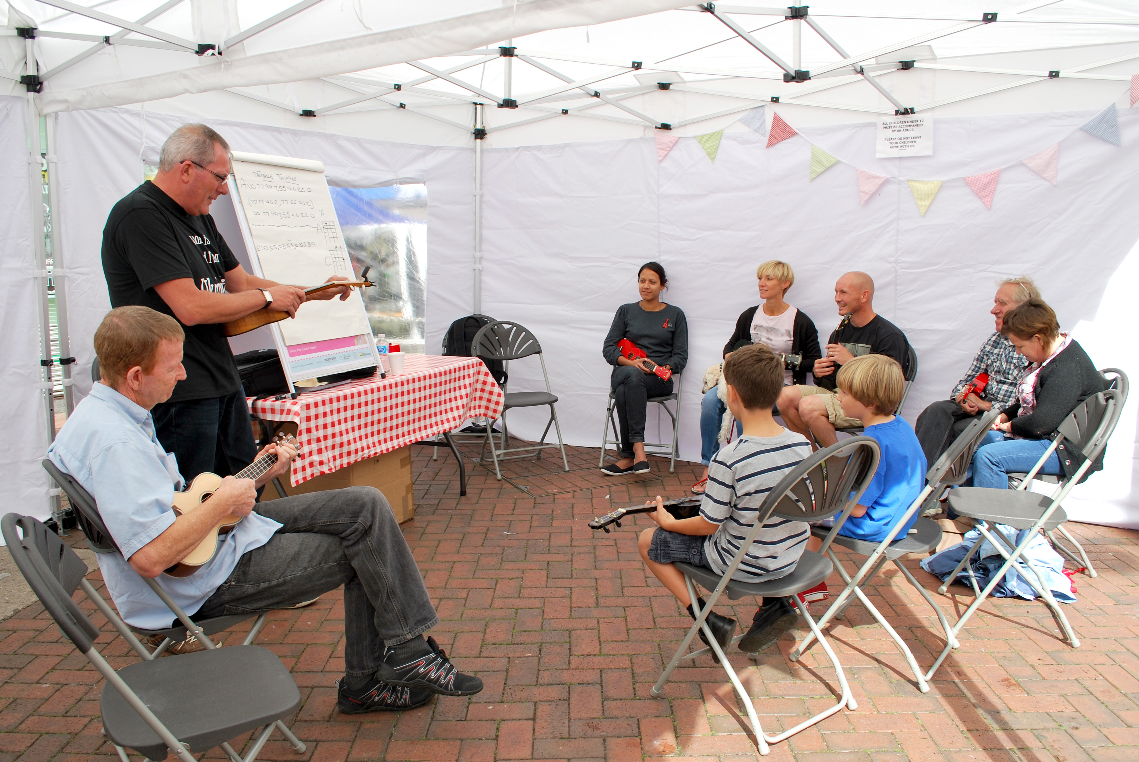 Steve Ball inspiring local residents with his Ukelele renditions of Guns N Roses